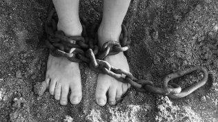 chains-19176_6401047243881.jpg